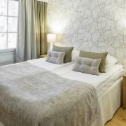 lh-bears-lodge-junior-suite-bedroom