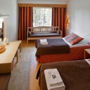 lh-bears-lodge-twin-room-with-sofa-bed