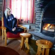 lapland-hotel-luostotunturi-log-cabin-in-side-own-fireplace