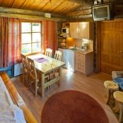 lapland-hotel-luostotunturi-log-cabins
