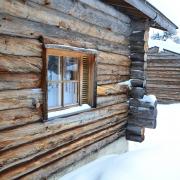 lapland-hotel-luostotunturi-log-cabins-outdoor-at-winter-time-2-