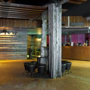 lh-luostotunturi-nightclub-karhu