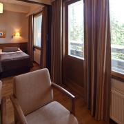 lapland-hotel-luostotunturi-ametistisuite-bedroom
