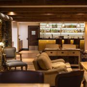 lapland-hotel-olos-lobby-bar-area