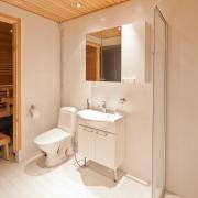 lh-sirkantahti-holiday-apartment-bathroom-sauna