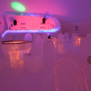 ice-bar-snowvillage-lainio2010