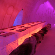 ice-restaurant1-snowvillage-lainio2011