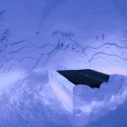 bear-suite3-snowvillage-lainio2011