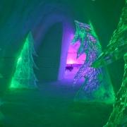 forest-corridor-snowvillage-lainio2012